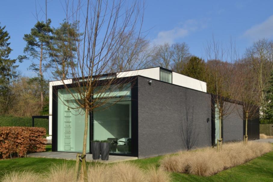 strakke moderne renovatie woning sgravenwezel-schilde icoon architecten